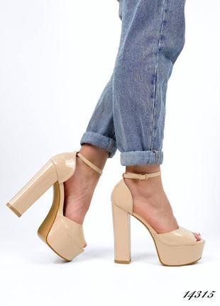 Босоножки боссоножки туфли сандалии на высоком каблуке на высокой платформе бежевые эко лак7 фото