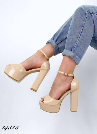Босоножки боссоножки туфли сандалии на высоком каблуке на высокой платформе бежевые эко лак2 фото
