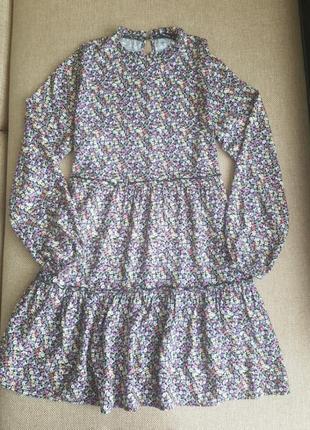 Сукня з рюшами, плаття в квітковий принт