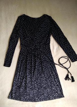 Платье в горошек mango черное с длинным рукавом