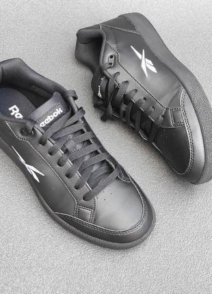 Оригінальні кросівки reebok vector smath art fz2825