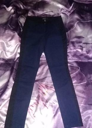 Стильные брюки классика