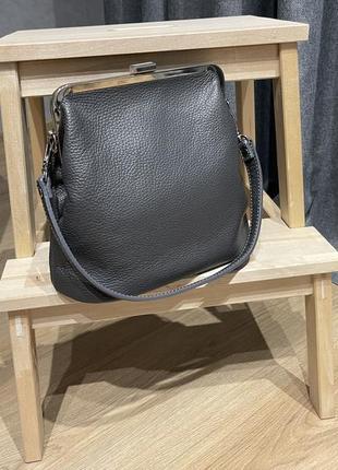 Как новая! темно-серая сумка в ретро стиле натуральная кожа
