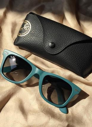 Сонцезахисні окуляри rayban