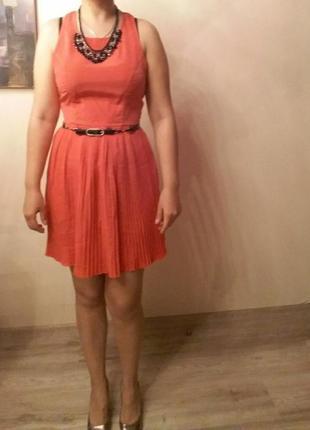 Летнее платье без рукавов алого цвета peppermint