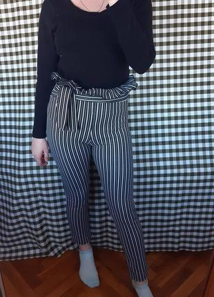 Леггинсы брюки штаны в полоску с поясом и баской на талии