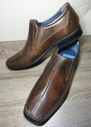 29 см. новые. кожа. отличные стильные туфли