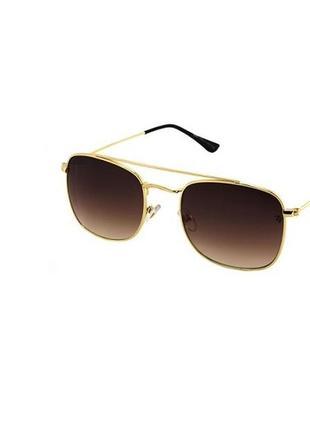 Солнцезащитные очки квадратные в золотой оправе с коричневыми линзами
