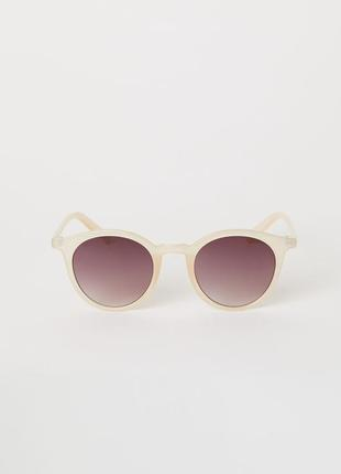Бежевые солнцезащитные очки h&m2 фото