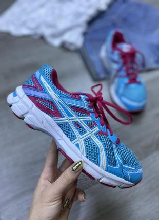 Яркие мягкие классические кроссовки!  asics gt1000