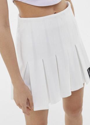 Теннисная белая юбка bershka