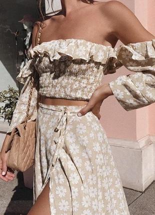 Летний костюм юбка с топом в цветочный принт