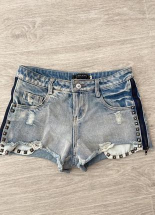 Шорты мини джинсовые голубые синие с клепками молниями
