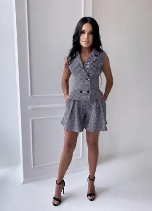 Костюм летний женский шорты-юбка и жилетка повседневный в клеточку