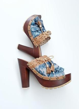 Шльопанці на каблуку джинсові шльопанці