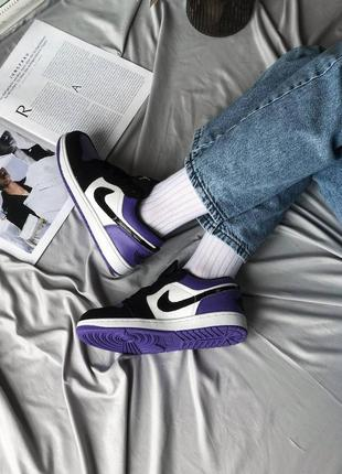 Кроссовки nike air jordan 1 low violet белые / черные / фиолетовые женские