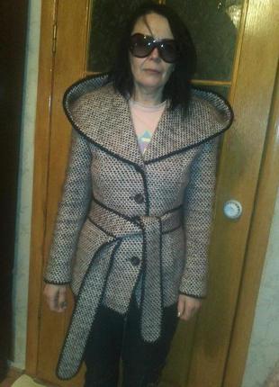 Шерстяное полу-пальто  м