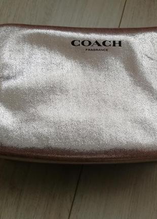 Сумка косметичка  фирменная  клатч coach золотистого цвета