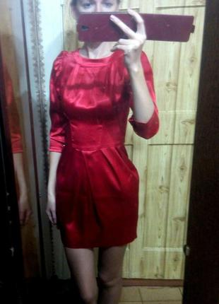 Красное коктельное праздничное платье