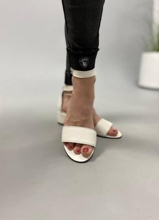 Босоножки боссоножки сандалии на низком каблуке натуральная кожа туфли 7642 фото