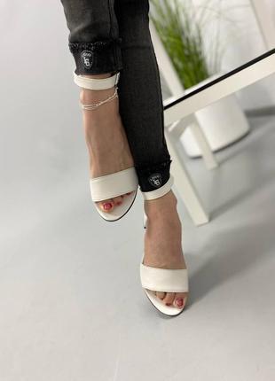 Босоножки боссоножки сандалии на низком каблуке натуральная кожа туфли 7644 фото
