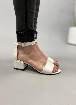 Босоножки боссоножки сандалии на низком каблуке натуральная кожа туфли 7643 фото