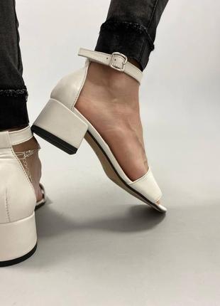 Босоножки боссоножки сандалии на низком каблуке натуральная кожа туфли 7646 фото