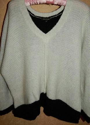 Теплейший вязаный свитер объемная вязка размер м