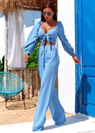 Льняной костюм на лето: брюки и топ