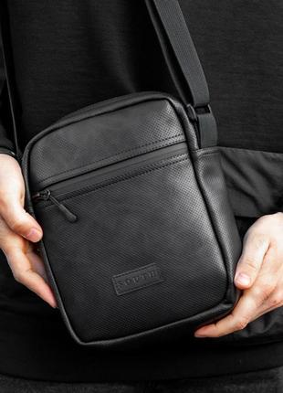 Сумка через плече сумка-мессенджер south perf black