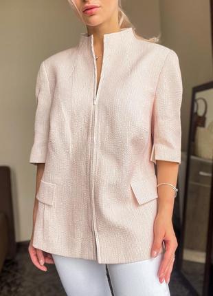 Крутой нежно пудровый пиджак akris оригинал