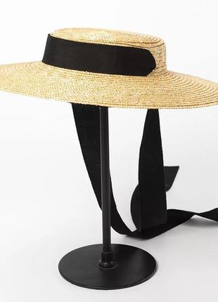 Широкополая шляпа соломенная  с черной лентой