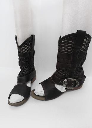 Летние сапоги модель - босоножки (босоніжки) кожаные казаки. италия