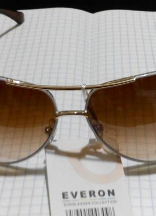 Солнцезащитные очки италия с белой оправой7 фото