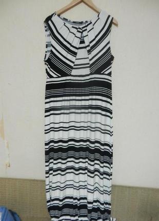 Отличное платье из вискозного трикотажа макси длина