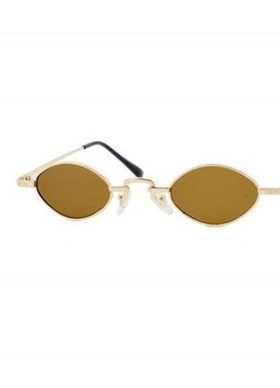 Солнцезащитные очки sumwin в стильной золотистой оправе
