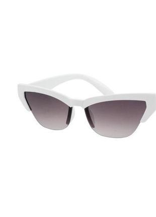 Солнцезащитные очки sumwin кошки в белой оправе с черными линзами