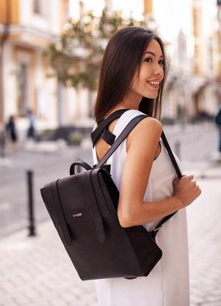 Жіночий шкіряний чорний рюкзак blackwood - bn-bag-29-bw