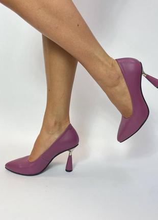 Эксклюзивные туфли из натуральной итальянской кожи на шпильке лиловые сирень