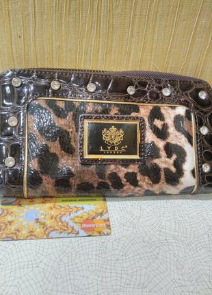 """Вместительный,стильный кошелек с леопардовым принтом, на змейке - """" lydc london"""""""