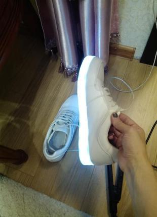 Светящиеся кроссовки led samulation 40 размер