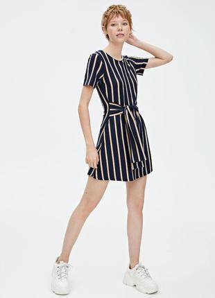 Платье в полоску ✨pull&bear✨ мини-платье с поясом