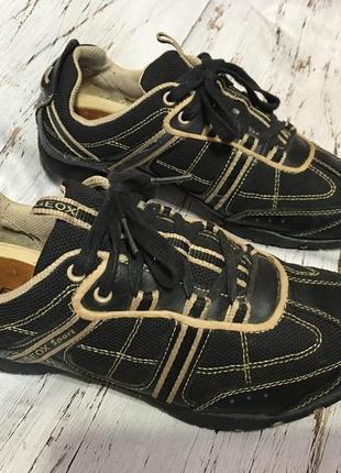 Кожаные кроссовки geox р 37