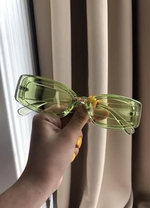 Очки зеленые стильные прозрачные салатовые необычные летние яркие