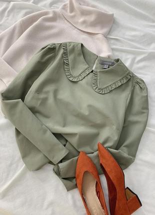 Хаки блуза с отложным воротником