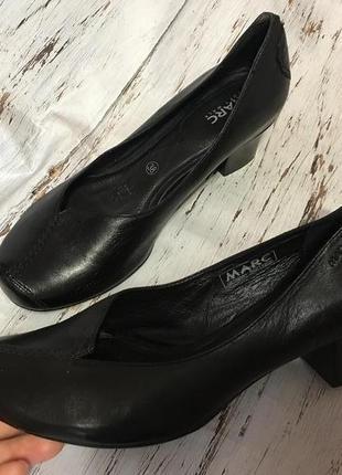 Кожаные туфли marc р 38