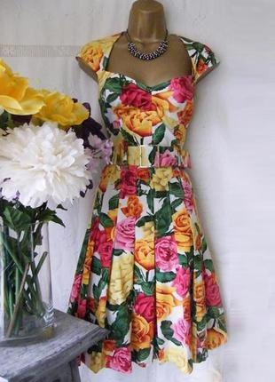 Распродажа платье karen millen c ярким принтом и поясом c cайта asos