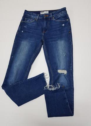 Стильні джинси високої посадки
