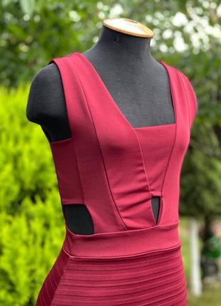 Силуэтное платье2 фото