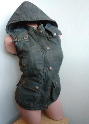 Куртка безрукавка superdry xs